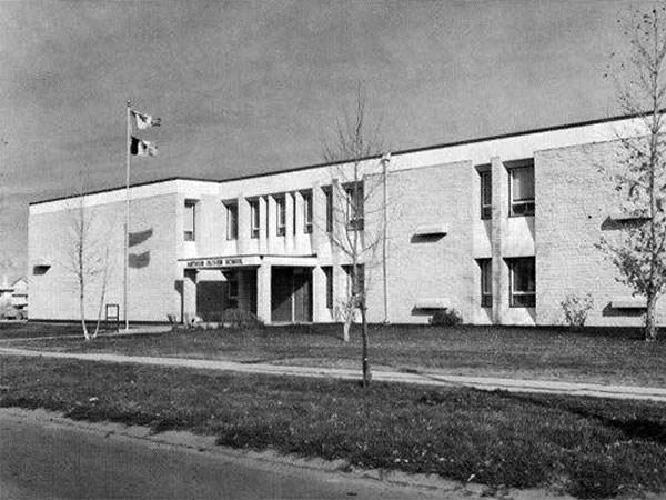 Arthur Oliver School